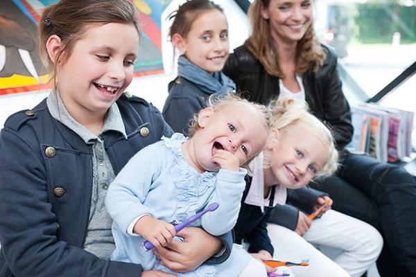 Blije kinderen bij de tandarts